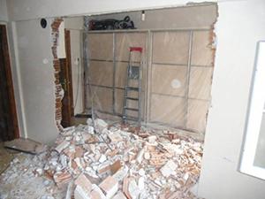 Kırılmış duvar görseli